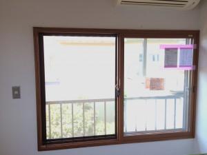 after エコ内窓の太い枠が、素敵なアクセントになりますね