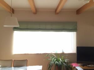 美しく窓辺を飾るカーテン 操作機械が不調になると困りますね