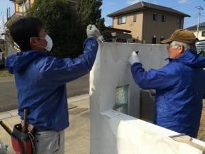 プロの漆喰職人が、バッチリ工事します