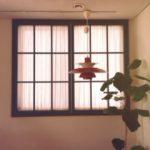 かわいい窓装飾