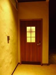メンテナンスにも優れた漆喰の外壁 落ち着いたおしゃれな雰囲気のオリジナル感が人気です
